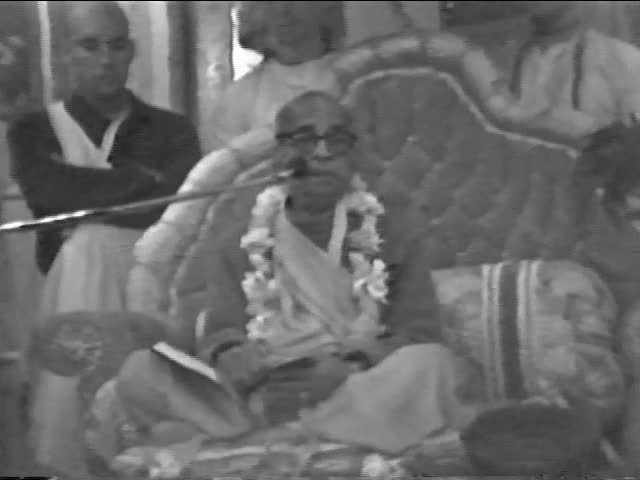 Srila Prabhuapda Srimad-Bhagavatam 1.8.25 class