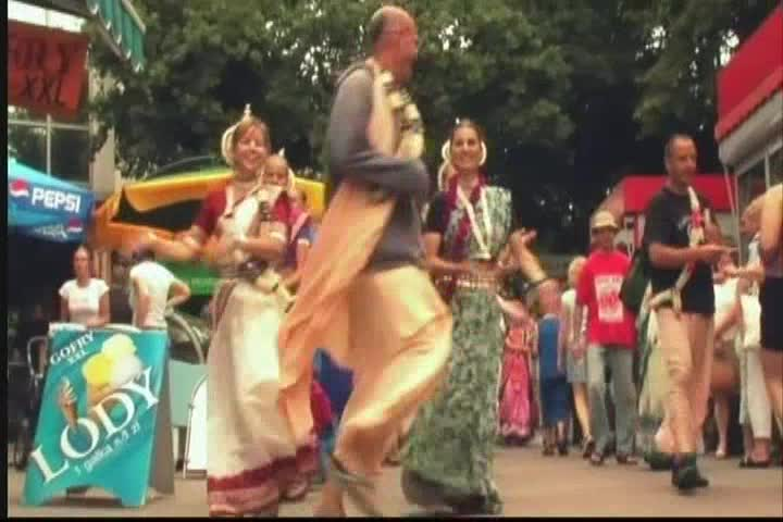 A Travelling Festival -- On a Tour in Poland (2005)