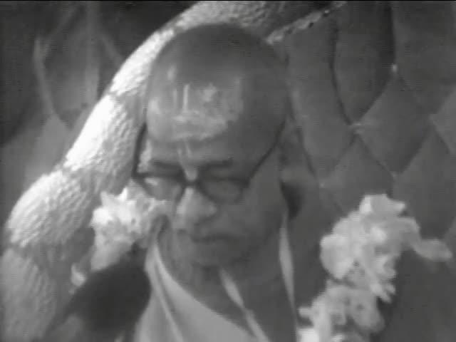 Srila Prabhupada Speaks on Srimad-Bhagavatam 1.8.33