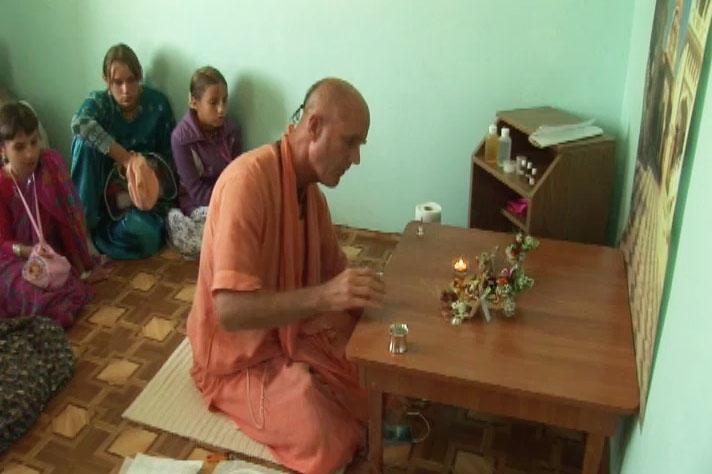 Shalagrama Sila Worship by Indradyumna Swami