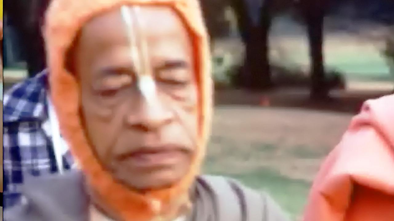Prabhupada's World Tour -- 1975 -- Berkeley,San Diego,Detroit,South Africa,Nairobi (Darshan 16)