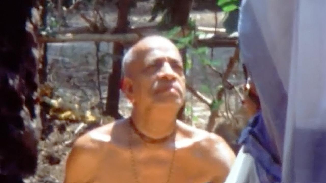 Prabhupada Darshan 5 -- 1972 -- India, Melbourne,London,New Vrindavan,Mexico City,Los Angeles