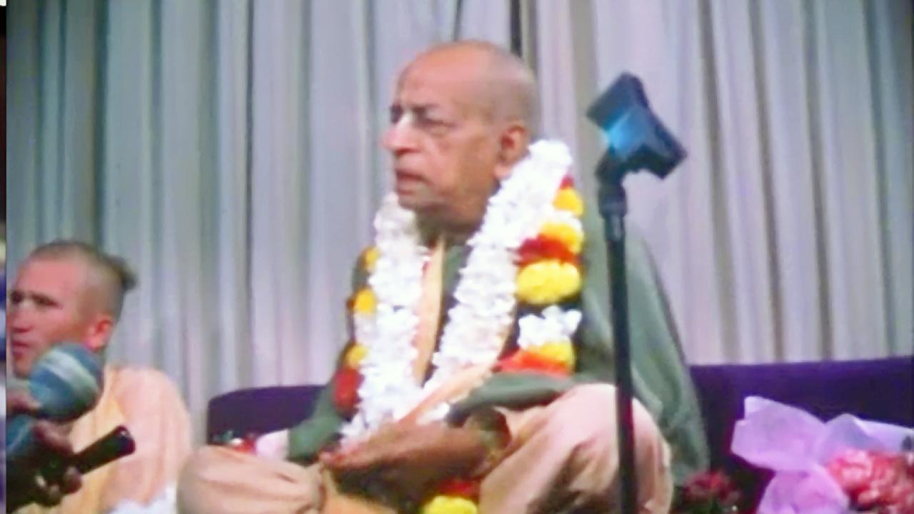 Travel with Srila Prabhupada -- 1976 -- Melbourne,USA,India (Darshan 17)