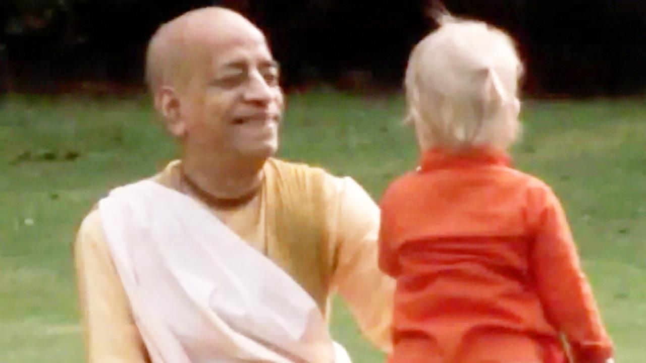 Srila Prabhupada at Bhaktivedanta Manor London 1973 (Darshan 9)